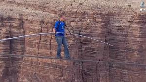 Nik-Wallenda-Grand-Canyon